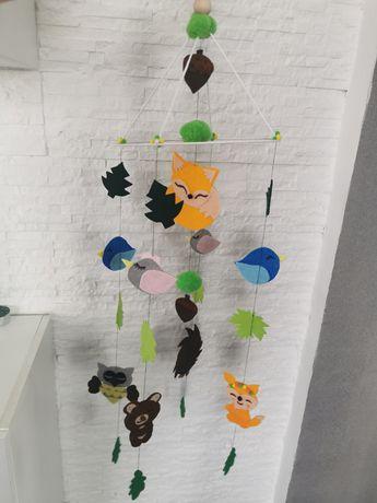 Karuzela do pokoju dziecięcego las