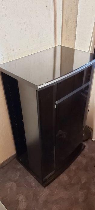 Szafka Hi-fi zamykana szkło dymione Świdnica - image 1