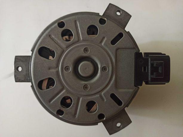 Мотор вентилятора охлаждения радиатора Додж Джорни Dodge Journey