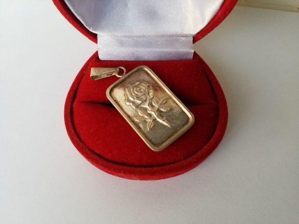 Biżuteria PRL - srebro wisiorek WARMET BIAMET z różyczką