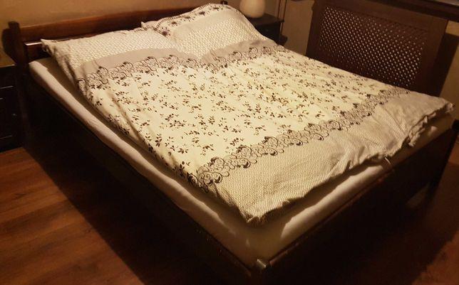 Meble sypialniane: łóżko + komoda
