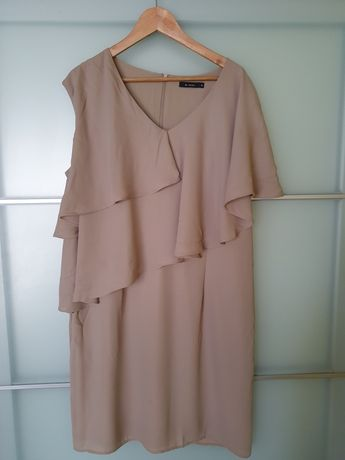 Sukienka falbana Monnari