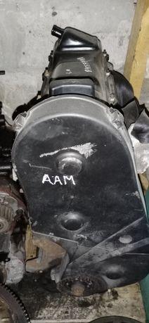 Двигатель мотор Volkswagen Golf 3 1.8 AAM
