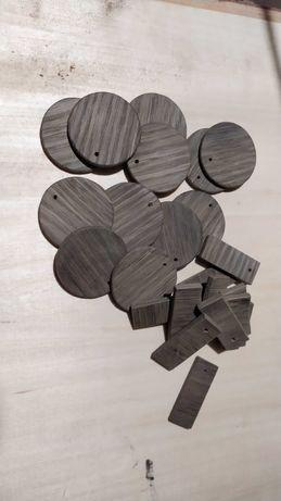 заготовки для амулетов из моренного дуба