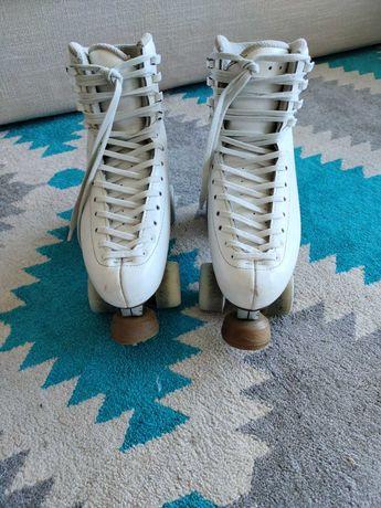Patins, para patinagem artística, profissionais.