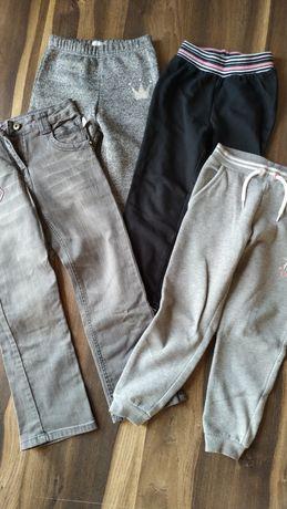 Cztery pary spodni