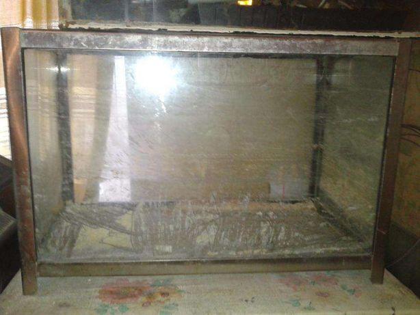 Продаю аквариум с металлическим каркасом 20л.