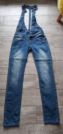 Jeansowe ogrodniczki S