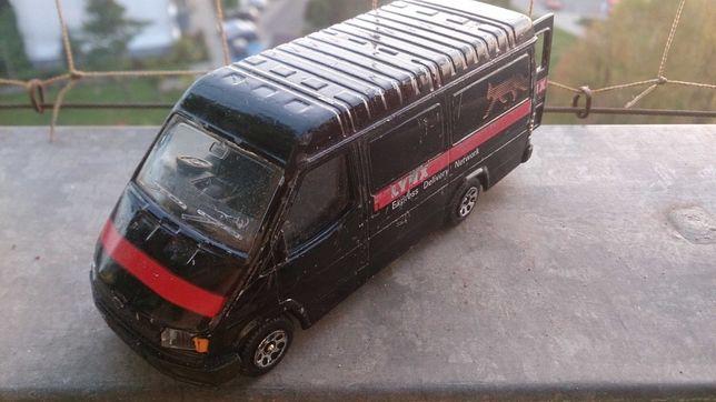 Ford transit 1986 corgi