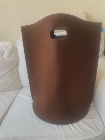 Cesto grande alto em feltro castanho chocolate 60 cms altura
