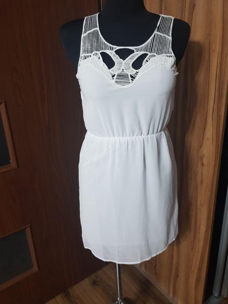 Biała sukienka Amisu 34/36