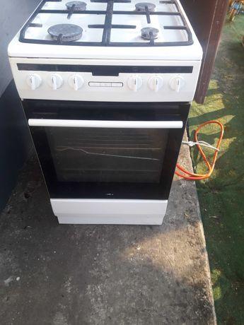 Kuchenka gazowa 4 palniki piekarnik elektryczny