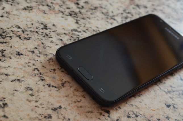 Samsung Galaxy J3 2017 Duos  SM-J330