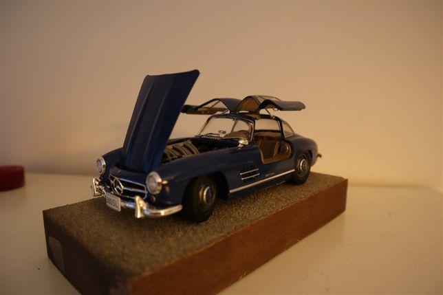 Model plastikowy: 1/24 Mercedes Benz 300SL Gullwing