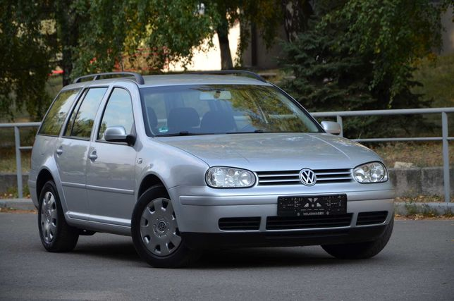 Продам Volkswagen Golf IV 2003 года в отличном состоянии!!!