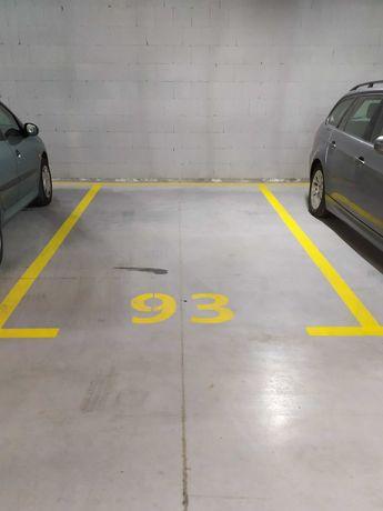 Miejsce parkingowe postojowe w hali Niemena 9 | Milczańska | Polanka