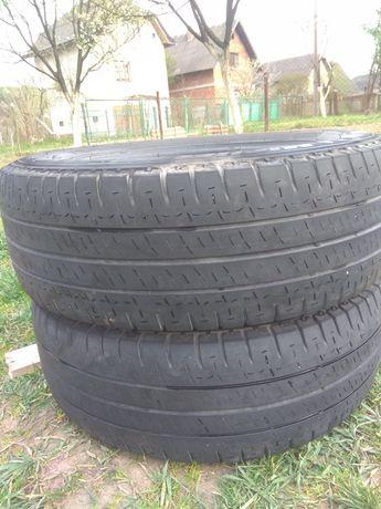 Ціна за пару Michelin agilis + 215 65 16c