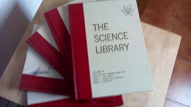 """5 volumes """"The Science Library"""" 1971 Beginning Science,Magnets and Ma"""