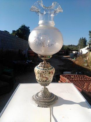 candeeiro antigo de porcelana GRANDE .
