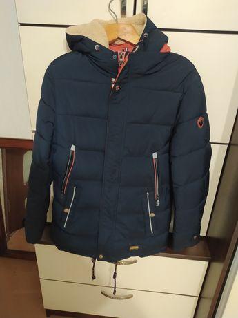 Зимняя куртка  модная