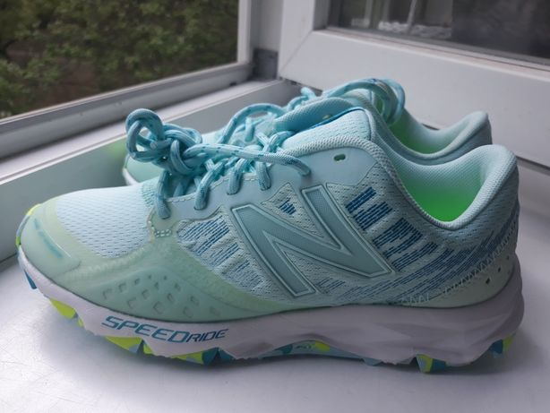 Оригинальные кроссовки New Balans 36 размер