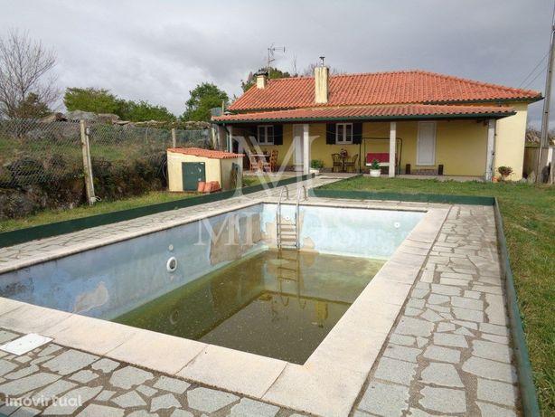 Moradia T3 - Castanheira, Paredes de Coura