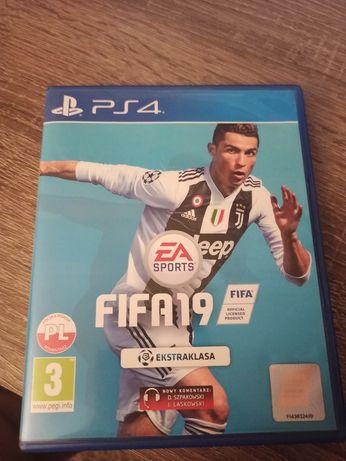 FIFA 19 PS4 30 zl