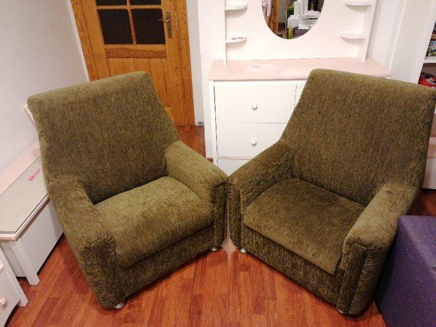 Dwa piękne zielone fotele