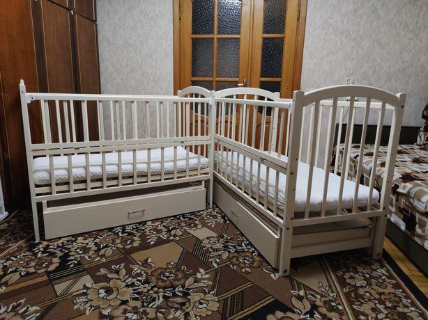 Ліжечка для двійні