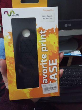 Накладка бампер на Xiaomi Mi A2 Lite