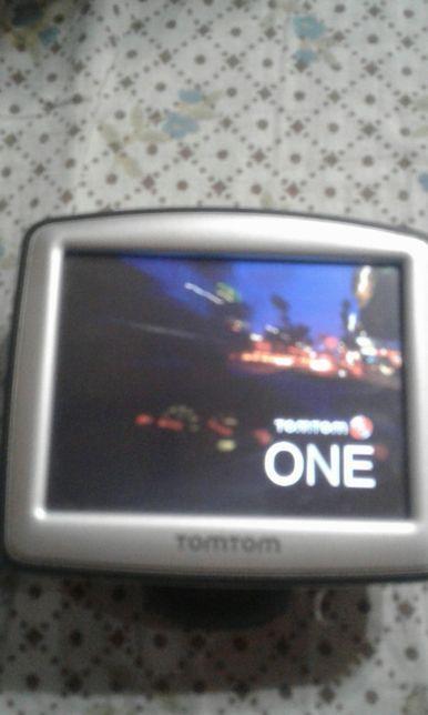 Навигатор TOMTOM