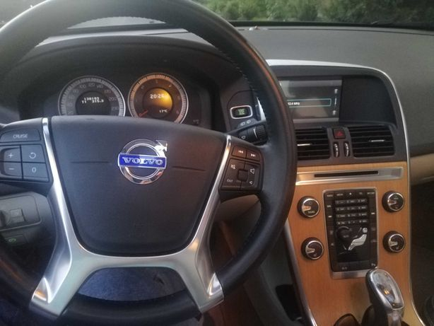 Терміново! Торг! Volvo XC60 2.0D 2013