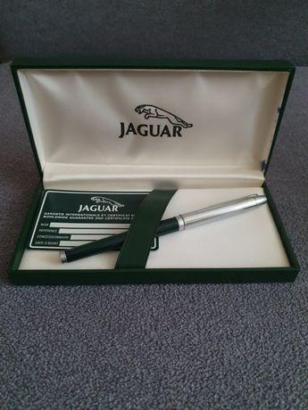 Шариковая ручка Jaguar в подарочном футляре