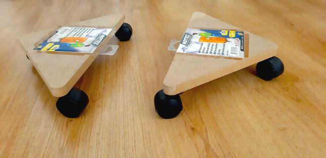 Bases triangular com rodas para transporte da marca  MOTTEZ (novas).
