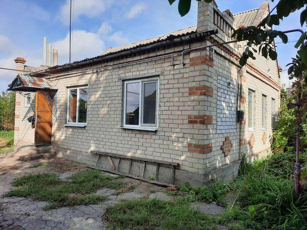 Продам дом с участком 40 соток возле реки, Новоалександровка, Тополь