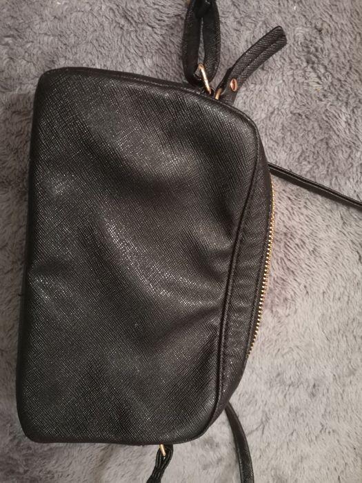 Torebka czarna z Hm Legnica - image 1