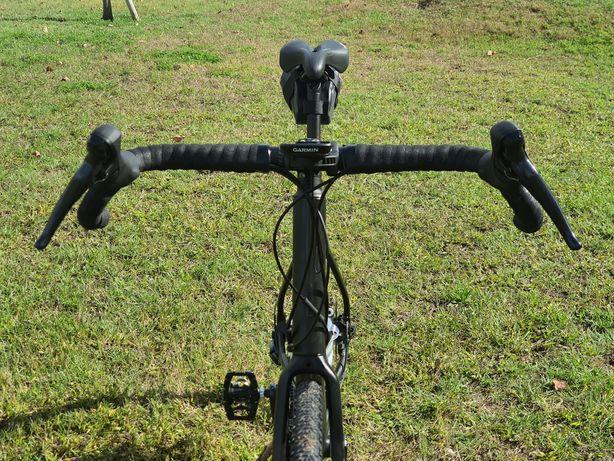 Bicicleta TRIBAN Gravel