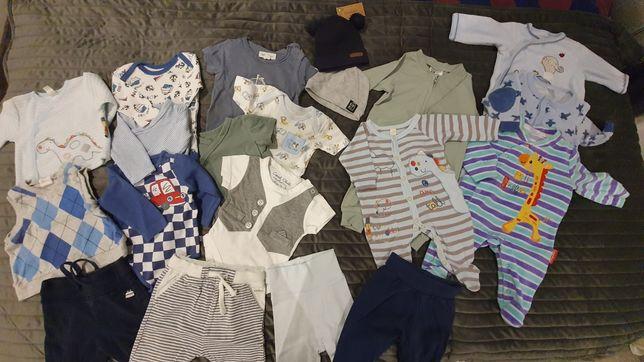 Komplet ubranek dla niemowlaka r. 56- jak nowe, polecam!!