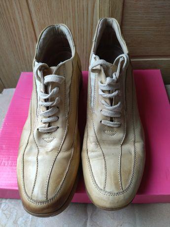 Ботинки кросовки41