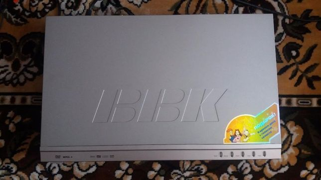 DVD проигрыватель BBK DV324SI в