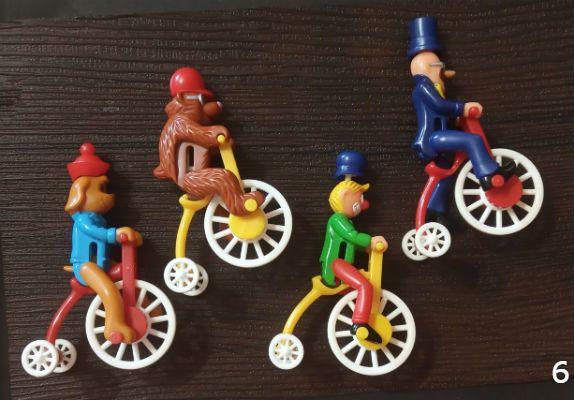 Киндер. Велосипедисты (2000) серия без вкл