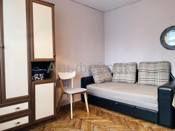 Продам однокомнатную квартиру возле метро!
