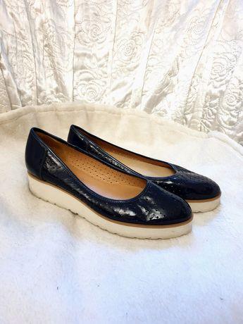 Skórzane buty granatowe eleganckie 38
