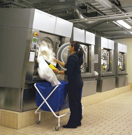 Máquina de lavar roupa para Lavandaria Industrial ou Self-service