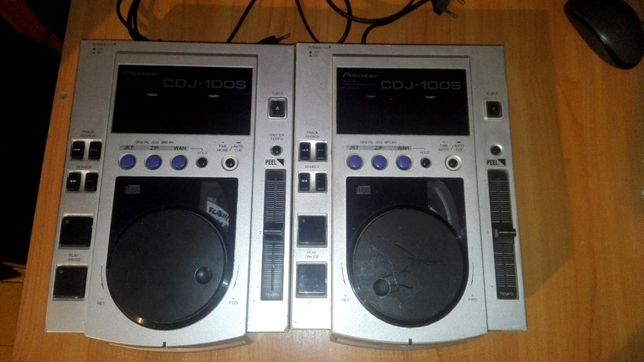 Pioneer CDJ 100 S dwie sztuki