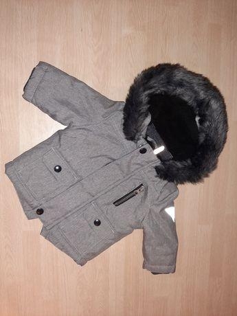 Zimowa kurtka z kapturem 62