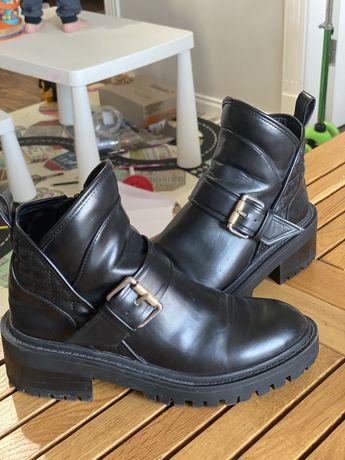 Трендовые кожаные ботинки Zara 37 размер