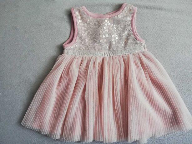 Śliczna sukienka dla dziewczynki 6-9 miesięcy