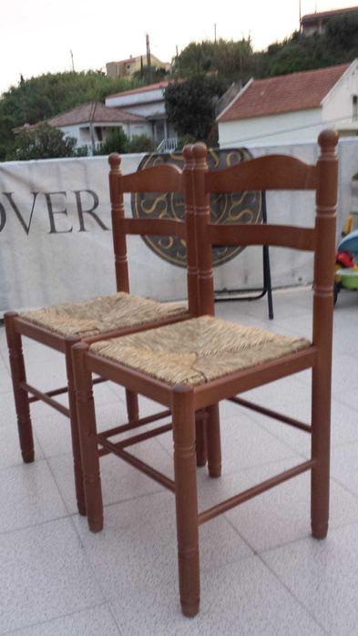 Cadeiras de madeira com assento de palhinha Vialonga - imagem 1