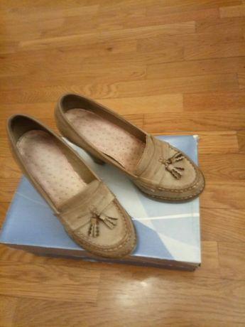 Sapatos pele 37